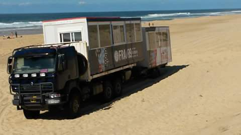 quiksilver-pro-france-2016-camion-jury